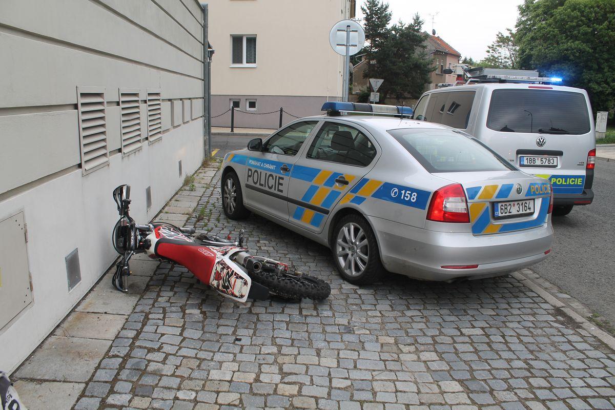 http://www.policie.cz/SCRIPT/ViewImage.aspx?id=780324&docname=3.JPG