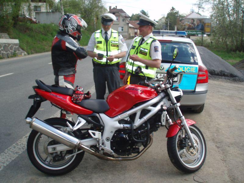 Silniční kontrola motorkáře 3